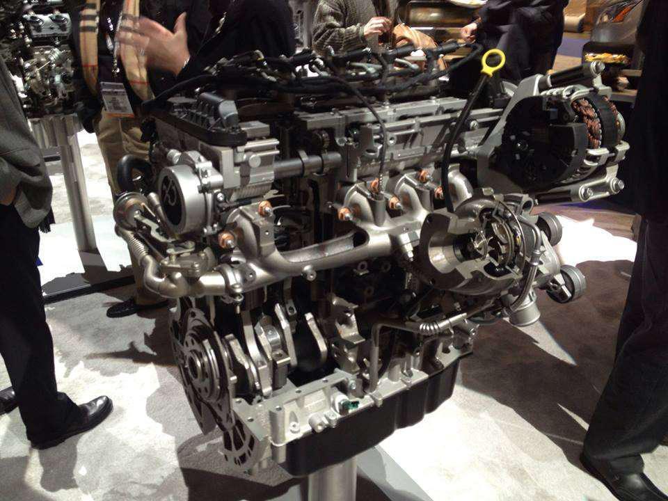 Ford Debuts 2016 F 650 F 750 Medium Duty Work Truck Info