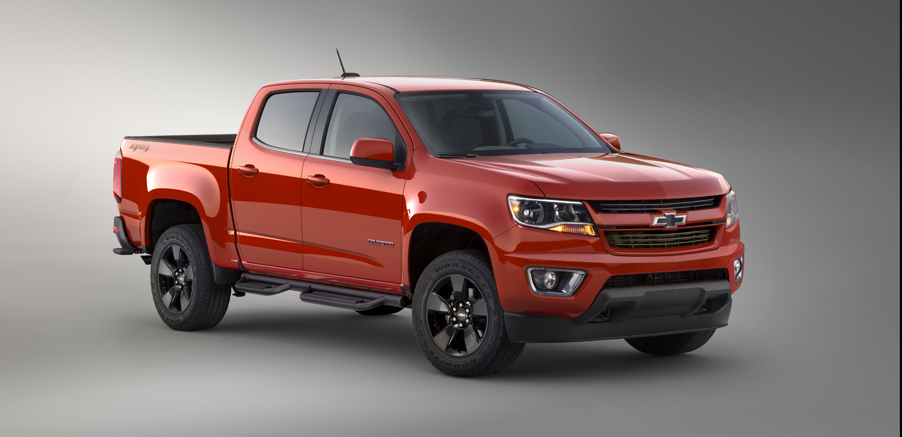 Bow Tie Loving Outdoors Types With An Eye Toward The New Chevy Colorado Will Find Newest Model Ealing