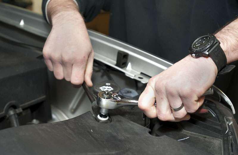 GMC dual battery install | Medium Duty Work Truck Info