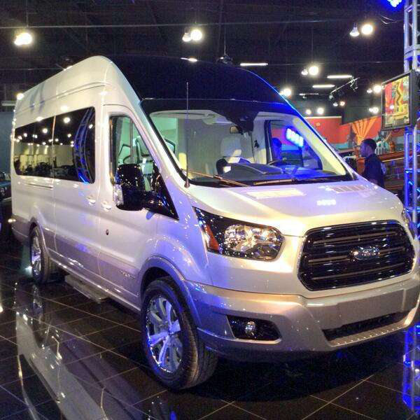 10 Ford Transit 15str Minibus: Ford Rolls Out Ultra-luxury Transit Van Concept