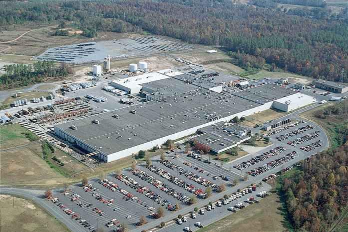 Daimler Trucks Cutting Jobs In North Carolina Medium