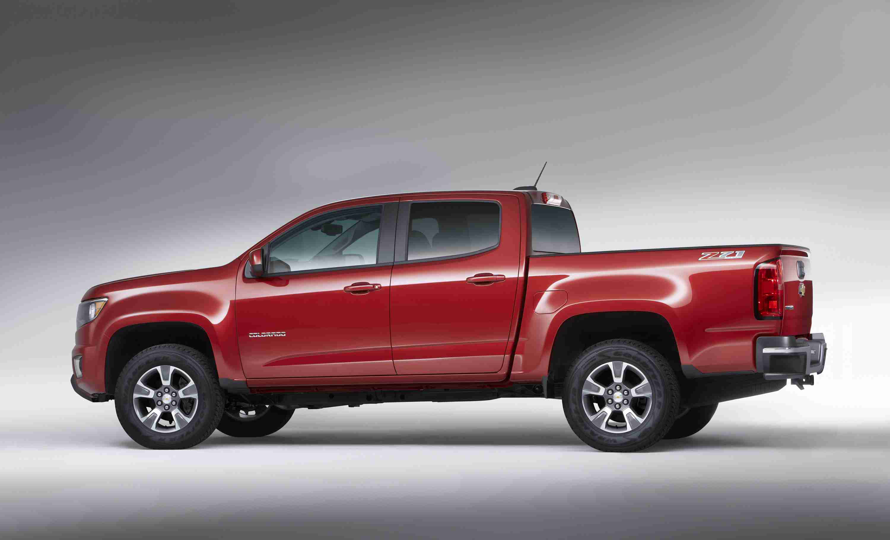 2017 Chevy Colorado offers new V6 8 speed transmission