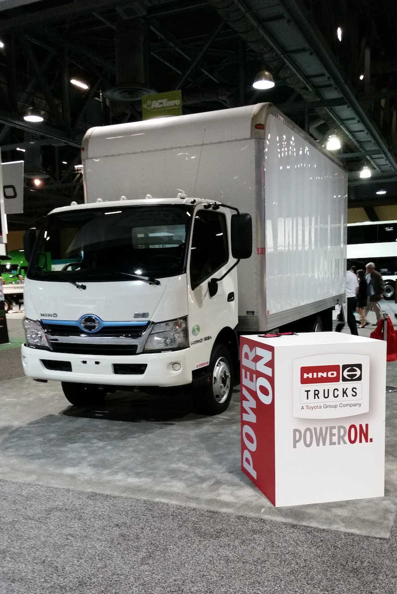 Combine The Proven Best Ing Hybrid Technology Of A Prius With Medium Duty Sel Truck And You Ve Got 2018 Hino 195h