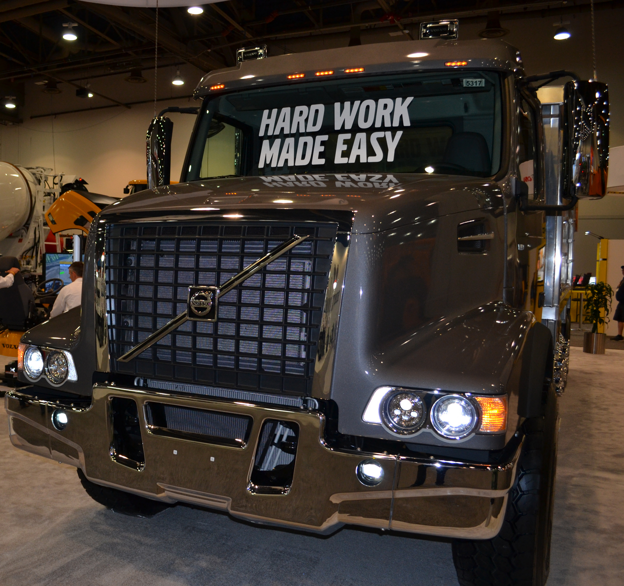 Volvo Trucks North America Debuted New Led Headlights For Vhd Series Vocational At World Of Concrete 2018