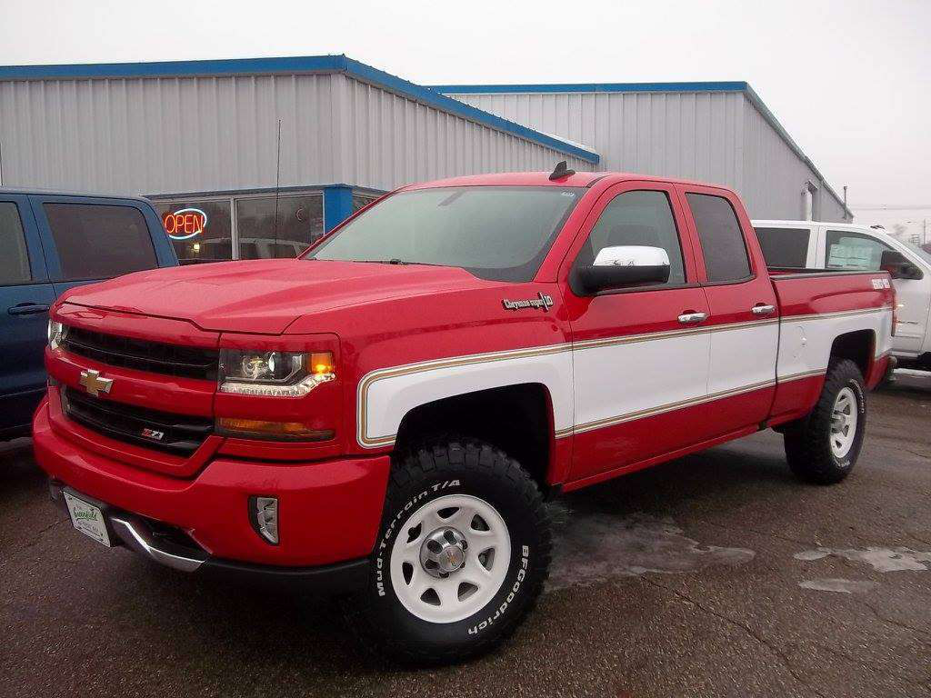 Retro Big 10 Chevy option offered on 2018 Silverado | Medium Duty ...