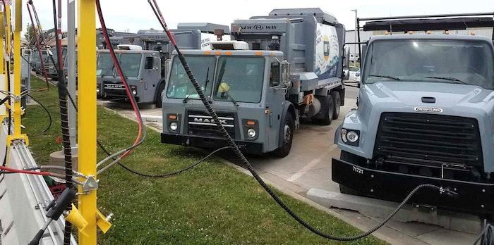 CNG-Mack-refuse-truck