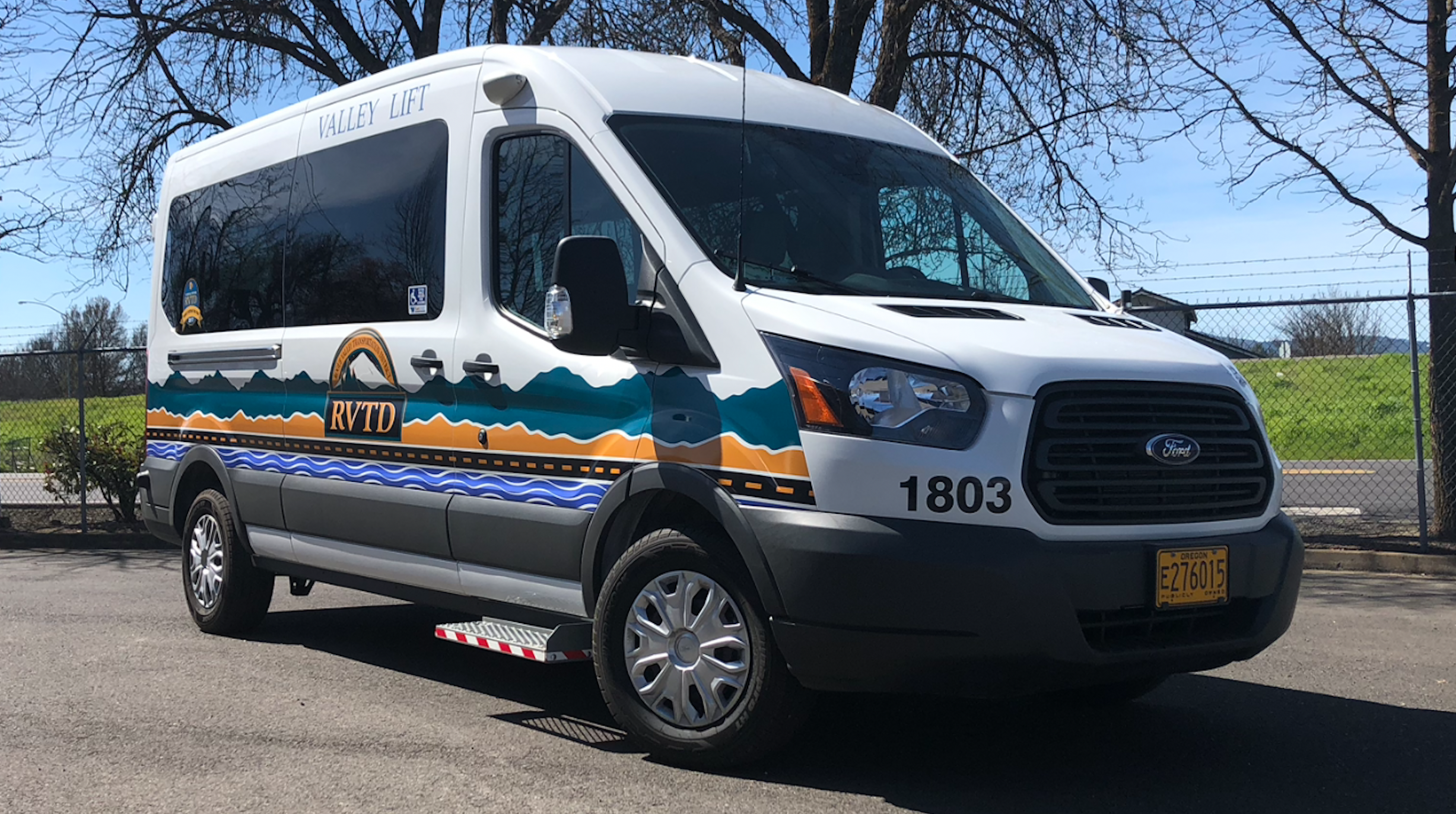 Rogue Valley Transportation District In Oregon Announced That Six Xl Hybrid Electric Hev Penger Vans It Recently Acquired Are Already Providing