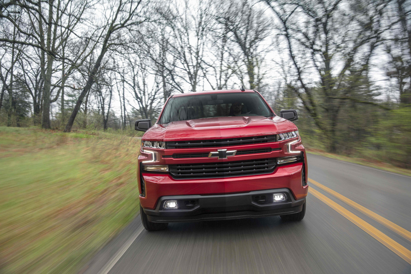 Chevy announces larger, more fuel efficient, more capable 2019 Silverado LT with lower MSRP ...