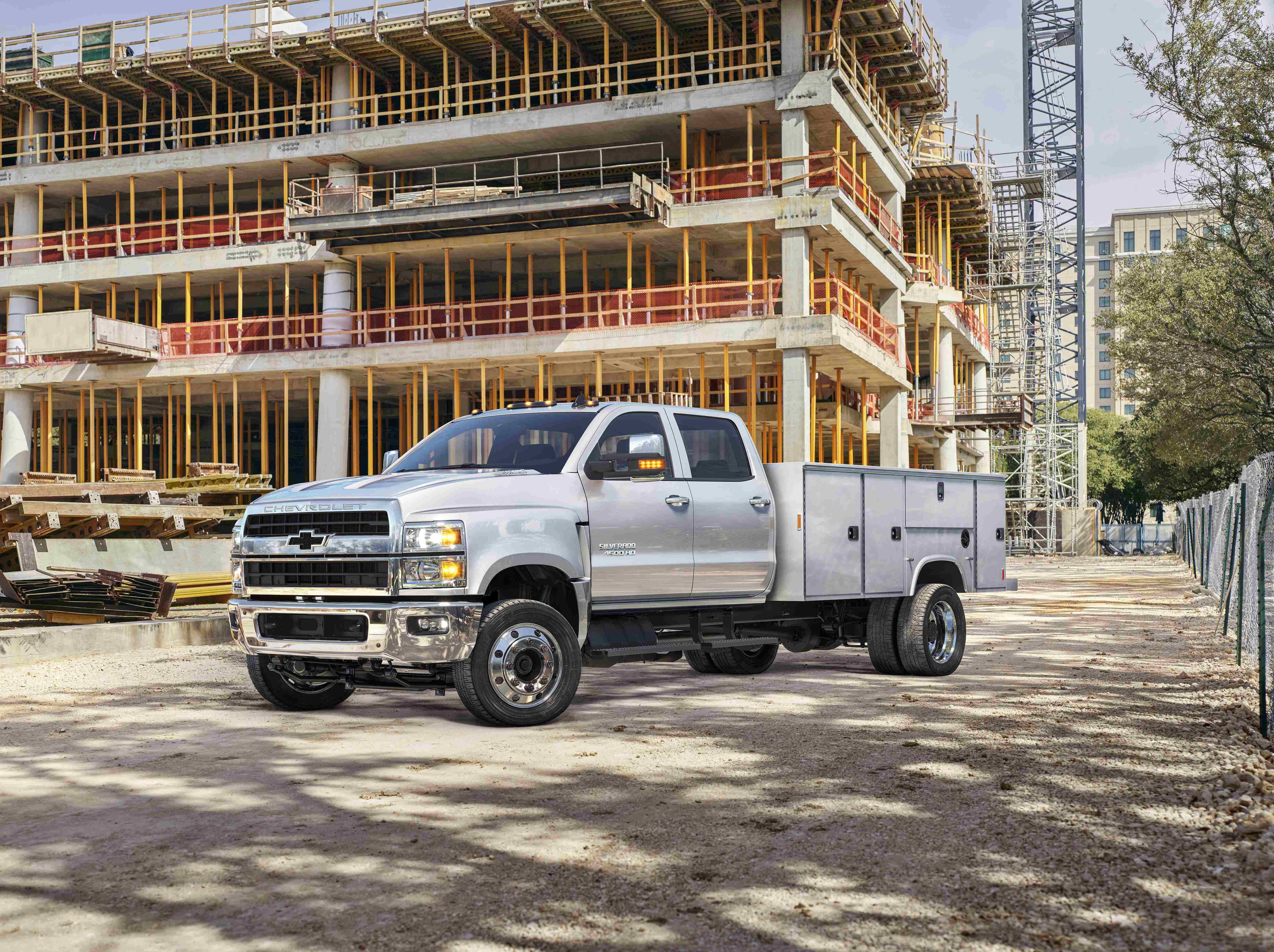Chevy Announces 48 465 Starting Msrp For 2019 Silverado Chassis Cab