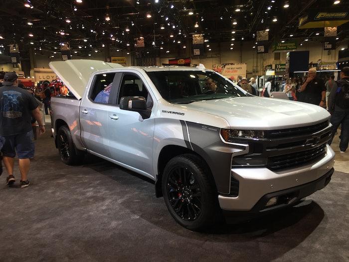 2019-Chevy-Silverado-SEMA-concept