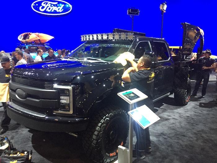 2019-Ford-F-250-SEMA