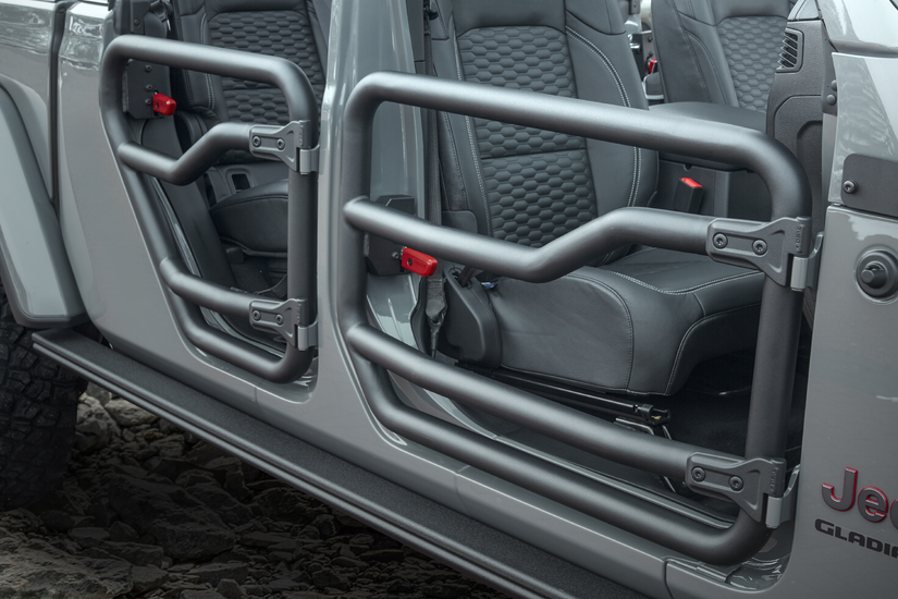 Mopar rolling out accessories for 2020 Jeep Gladiator ...