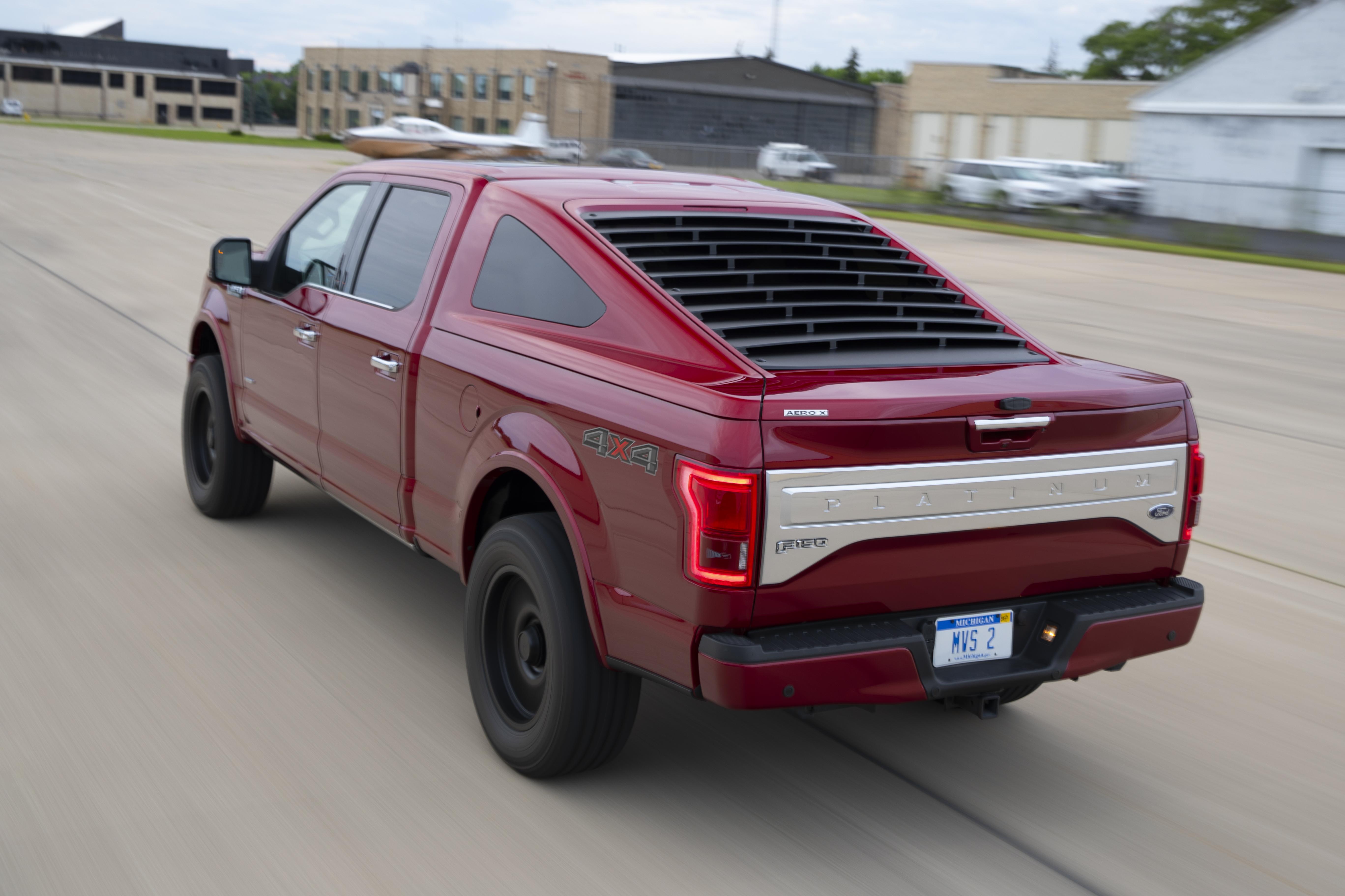 Aero X is a truck cap like no other   Medium Duty Work ...