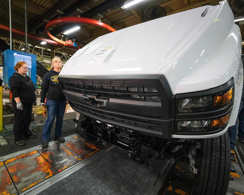 Chevy rolls out first-ever Silverado medium-duty trucks to ...