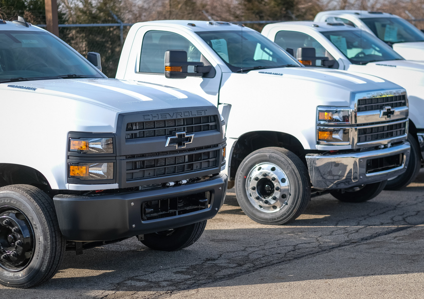 Chevy rolls out first-ever Silverado medium-duty trucks to ...