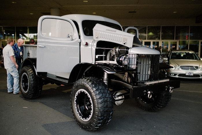 Vintage-Power-Wagon-SEMA-2018-1-1200×800