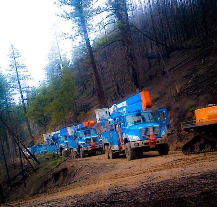 PG&E-wildfires-trucks