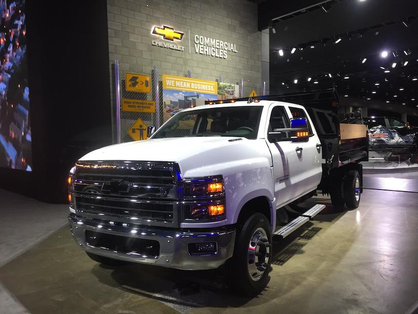 Video: Closer look at Chevy's 2019 Silverado 6500 | Medium Duty Work Truck Info