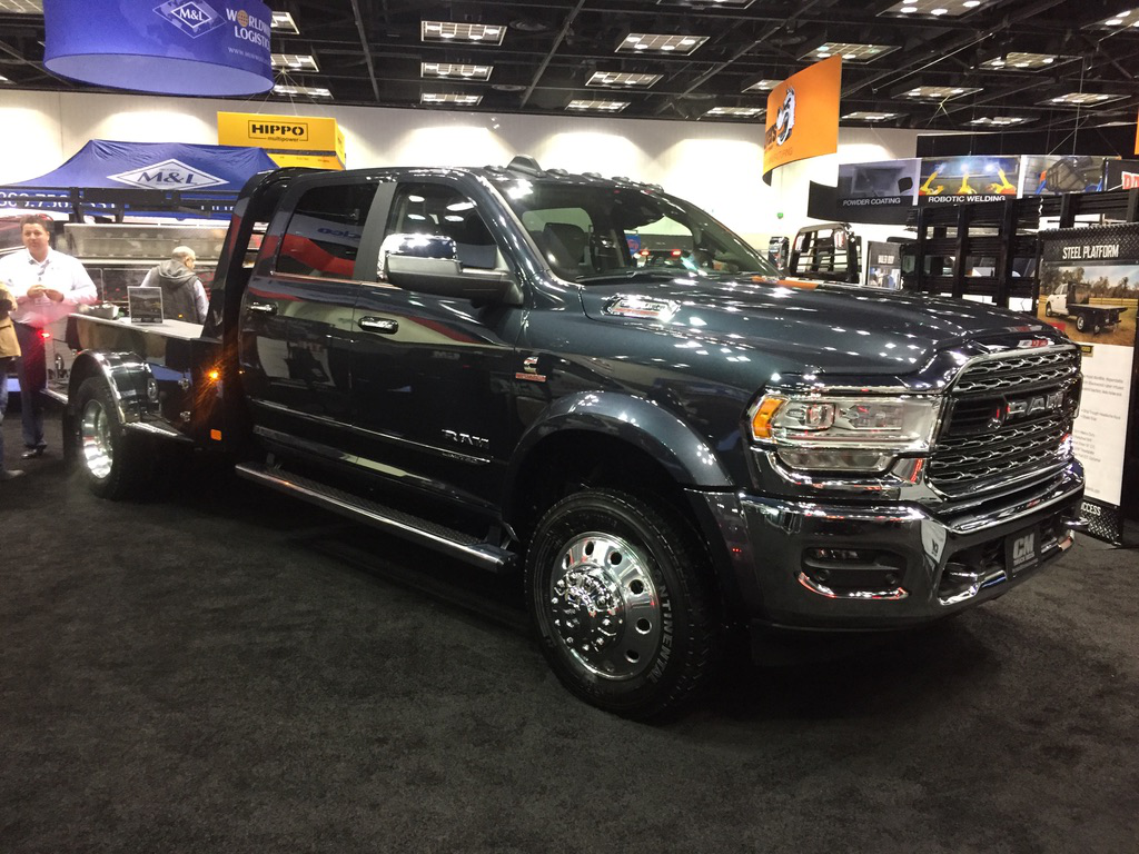 Video 2019 Ram 5500 Limited Gets Upfit From Cm Truck Beds