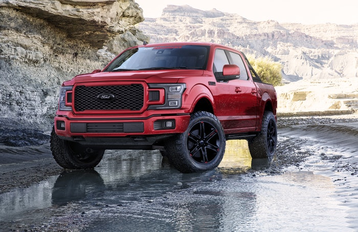 Ford Accessories Ford F-150 Lariat Sport Crew Cab with Black App