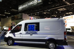 Ford-Transit-2020-Work-truck-show