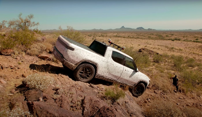 Rivian-R1T-test-off-road