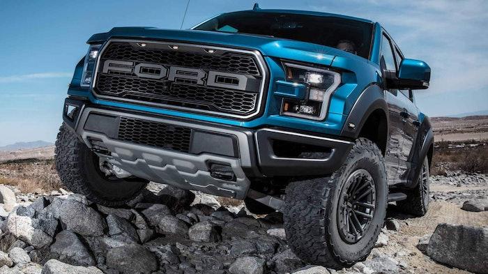 2020-Ford-F150-Raptor