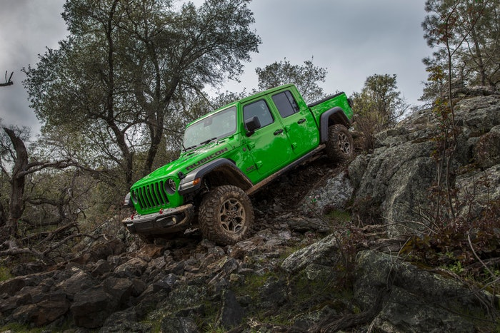 Gecko green exterior and JPP Gorilla Glass windshield are now available for the 2021 Jeep Gladiator.